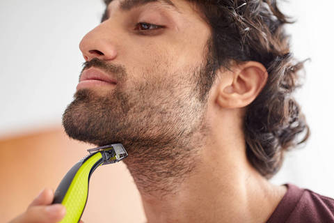 How to Use an Electric Shaver for Hair